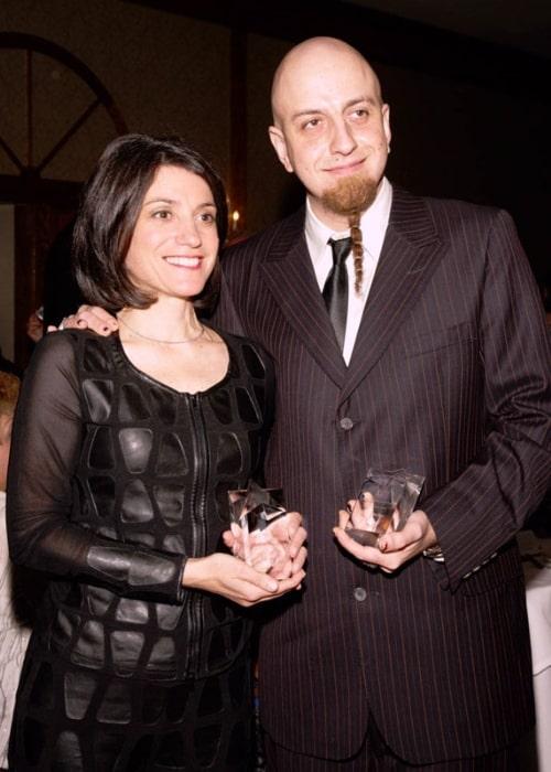 Shavo Odadjian accepting GenNext's Community Hero Award in February 2009