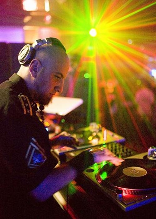 Shavo Odadjian pictured while spinning live in an LA club