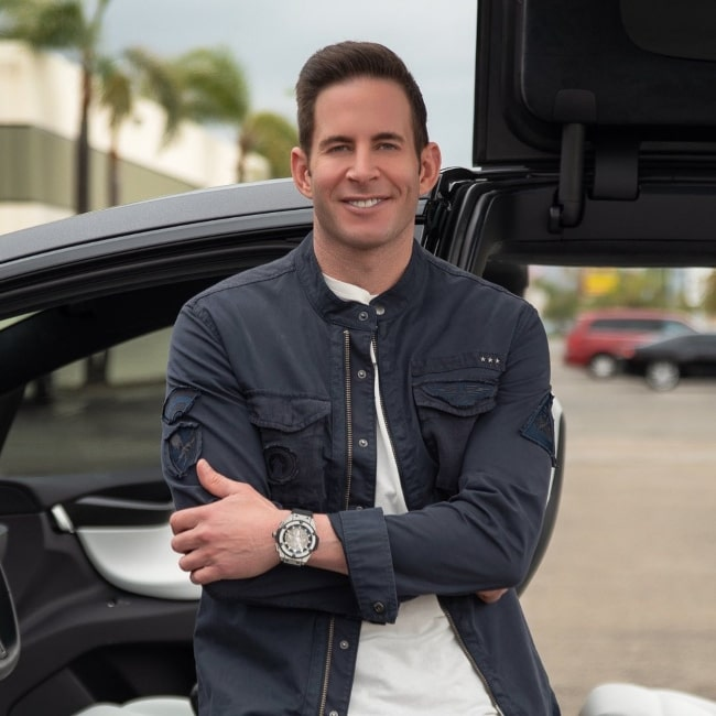 Tarek El Moussa in October 2020 urging everyone to start making a decision right away to invest time each day into the things that help in getting closer to the goals in life