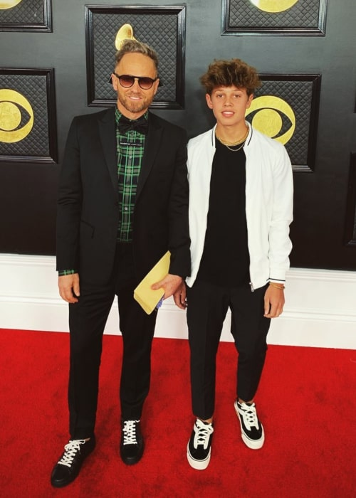 TobyMac with his son Leo, at the Grammy Awards, in January 2020