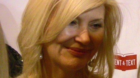 Beth Broderick Height, Weight, Age, Body Statistics