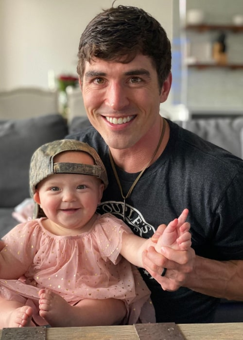 Cody Nickson with his daughter Maverick, as seen in March 2020