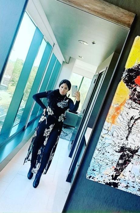 Drew Sidora sharing her selfie in October 2019