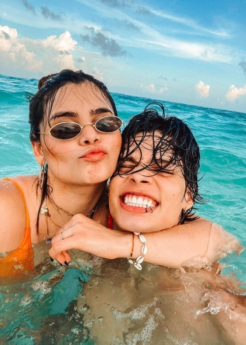 JeanCarlo León as seen in a picture that was taken with his sister Malexa León in Tulum, Quintana Roo in November 2020