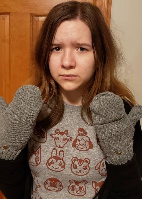 Jillian Babyteeth4 as seen in a picture that was taken in December 2020