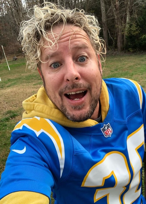 Jonny Fairplay in an Instagram selfie from November 2020