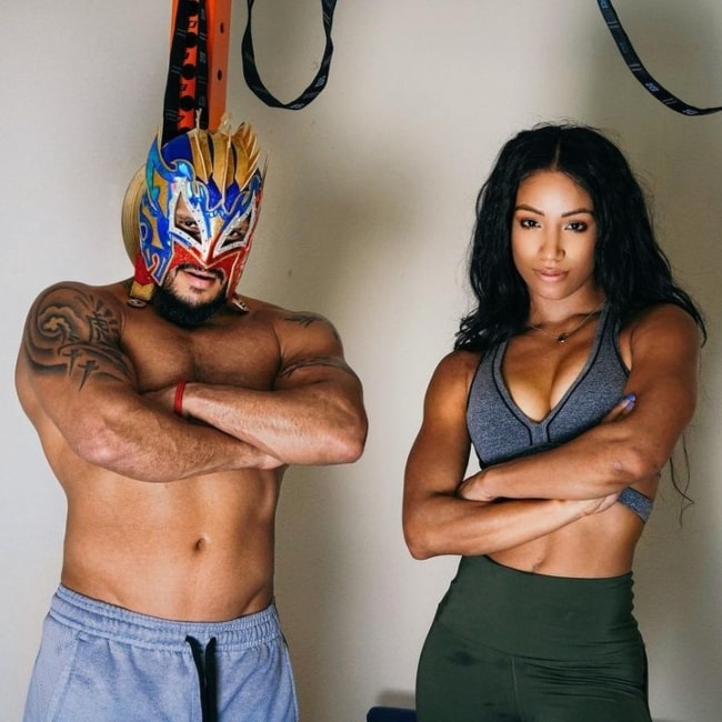 Kalisto as seen in a picture that was taken with Sasha Banks in January 2020