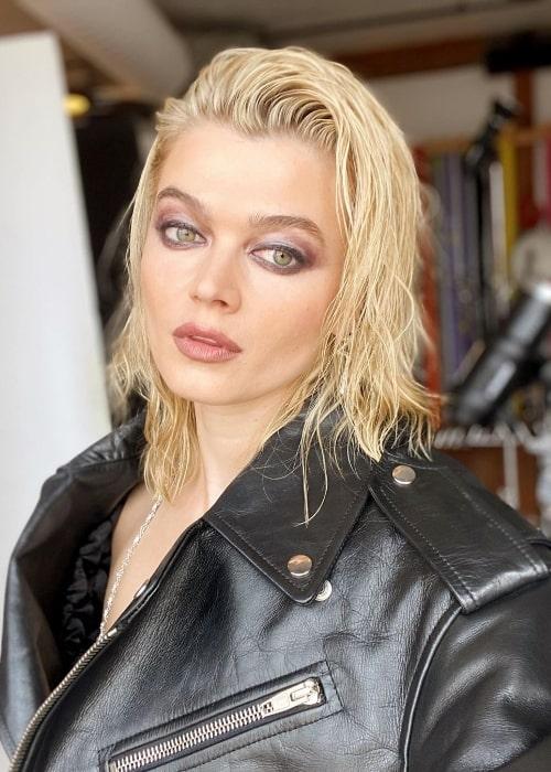 Khrystyana Kazakova as seen in a glammed-up selfie