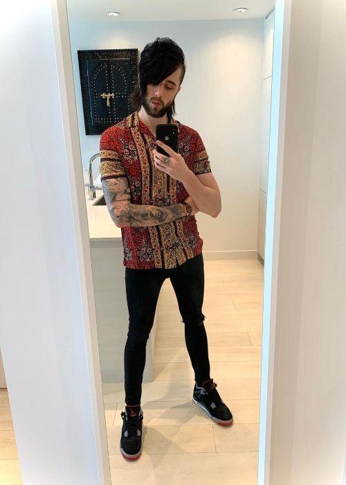 Lonny Eagleton as seen taking a selfie in April 2020