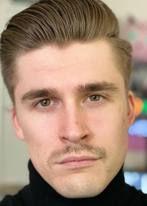 Ludwig Ahgren as seen in a selfie that was taken in November 2020