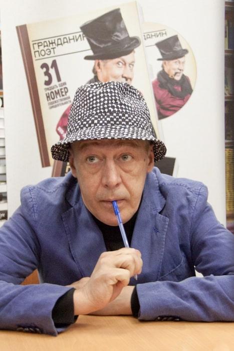 Mikhail Yefremov in May 2012