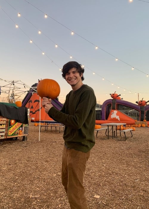 Braeden Lemasters smiling in an Instagram post in October 2019