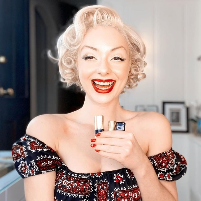 Jasmine Chiswell in April 2020 gushing at her favourite red lipsticks