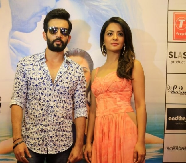 Jay Bhanushali and Surveen Chawla at the promotion of 'Hate Story 2' in January 2015