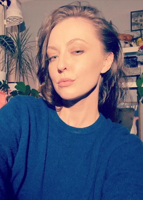 Katharine Isabelle in an Instagram selfie from October 2020