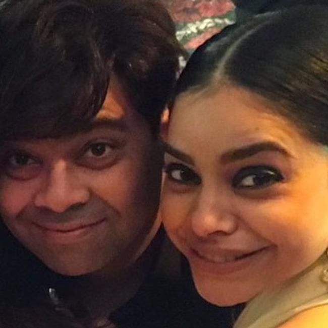 Kiku Sharda as seen in a picture with his co-star Sumona Chakravarti