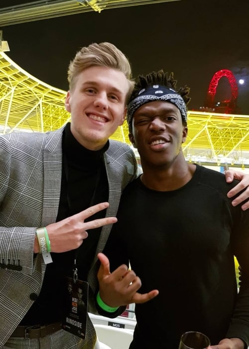 Lachlan Power as seen in a picture that was taken with boxer, singer, rapper, actor, and YouTuber KSI in February 2018