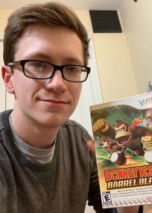 Scott The Woz as seen in a selfie that was taken in February 2019