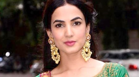 Sonal Chauhan Height, Weight, Age, Body Statistics
