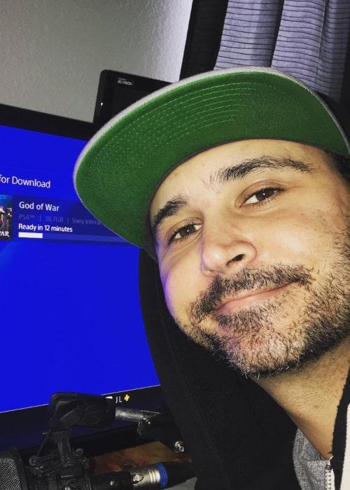 Summit1g in an Instagram Selfie from October 2018