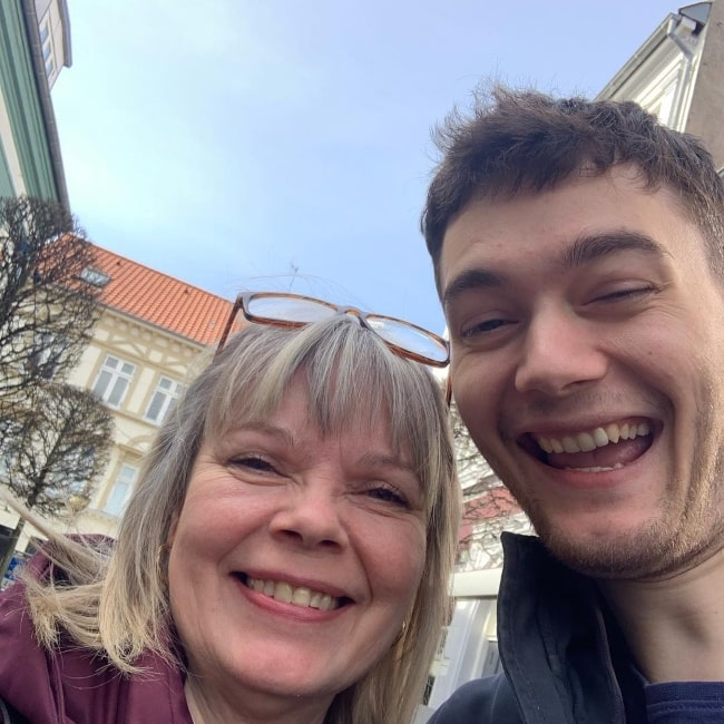 Dafran as seen in a selfie that was taken with his mother in March 2019
