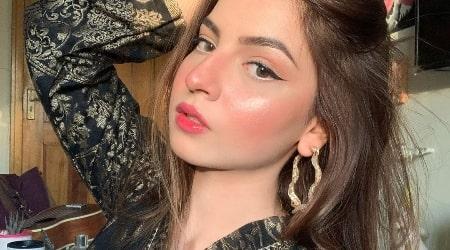 Dananeer Mobeen Height, Weight, Age, Body Statistics