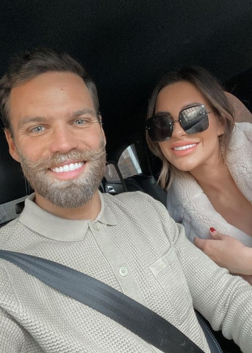 Dominic Lever as seen in a selfie that was taken with his wife Jessica Rose Shears in December 2020