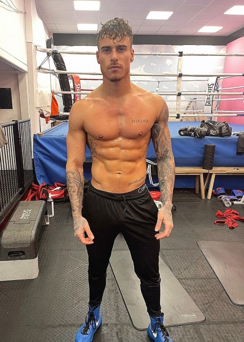 Kori Sampson as seen in a shirtless picture that was taken at the Essex Fight Academy in February 2021