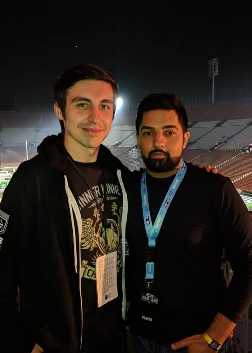 LIRIK as seen in a picture that was taken with Canadian YouTuber Shroud in June 2018