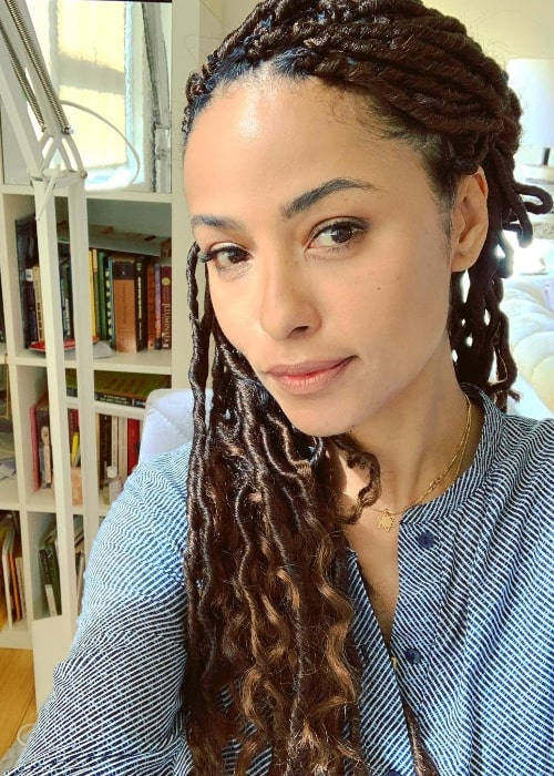 Meta Golding as seen while taking a selfie in April 2019