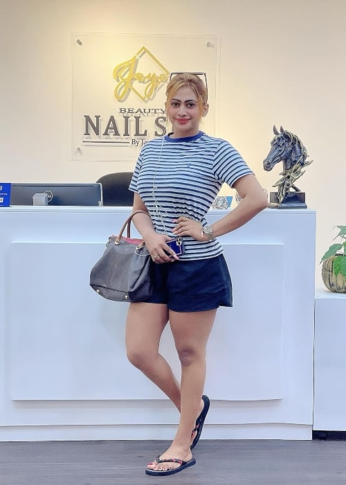 Piumi Hansamali as seen in a picture that was taken at Beauty Nail Spa in February 2021