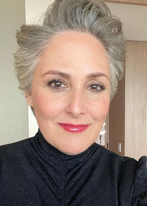 Ricki Lake in an Instagram selfie from January 2021