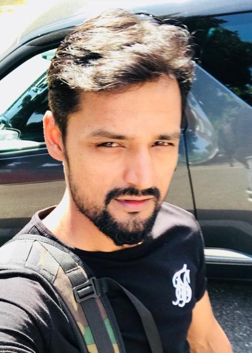 Shahbaz Nadeem in an Instagram selfie from August 2018