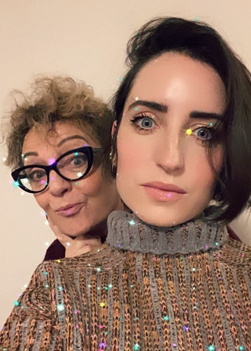 Zoe Lister-Jones as seen while clicking a selfie with her mother in an Instagram post in January 2021