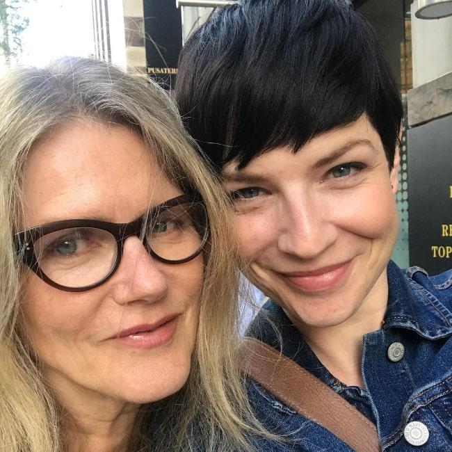 Alisen Down (Right) smiling in a selfie alongside Barbara Sukowa