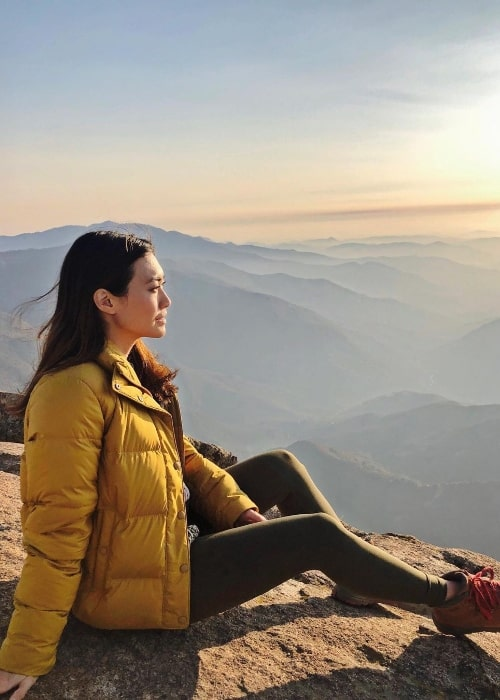 Catherine Haena Kim at Moro Rock in Sequoia National Park, California in November 2020