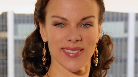 Debi Mazar Height, Weight, Age, Body Statistics