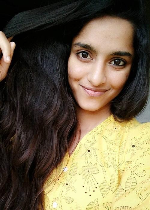Divya Sripada as seen while taking a selfie in Hyderabad