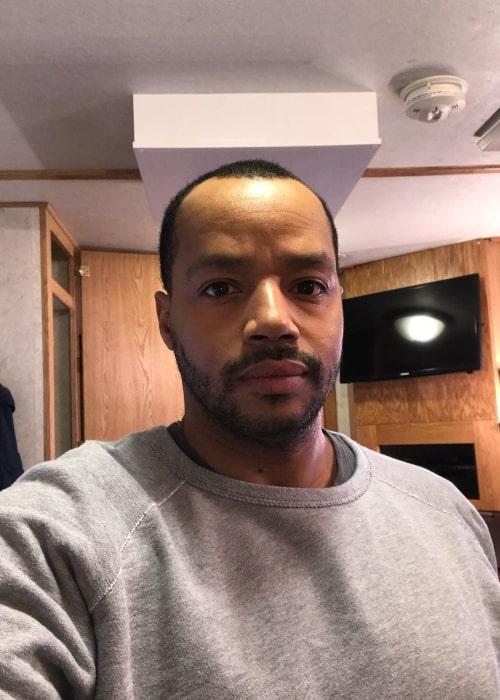 Donald Faison in an Instagram selfie from December 2020