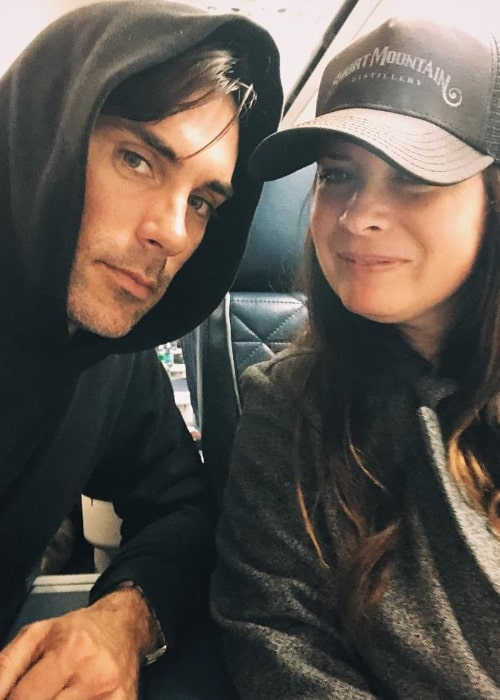 Drew Fuller as seen while taking a selfie with Holly Combs Ryan in December 2018