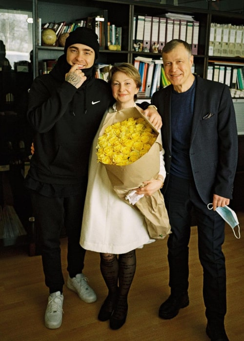 Egor Kreed with his parents, as seen in March 2021