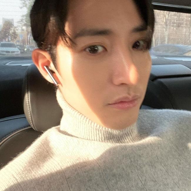 Lee Soo-hyuk as seen while taking a selfie in February 2021