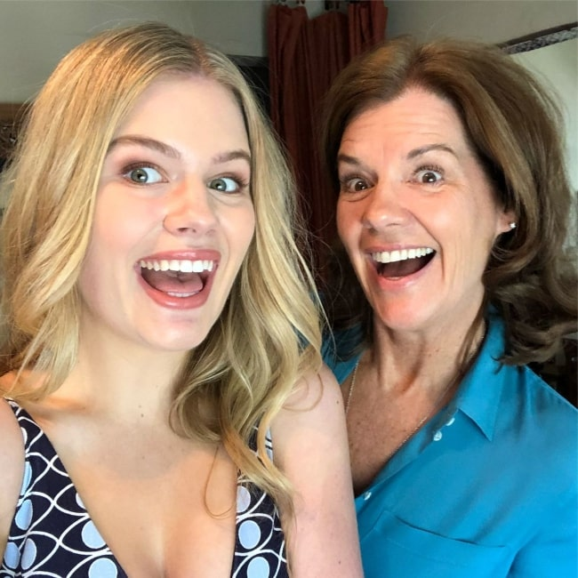 Lexie Duncan on Mother's Day in May 2018 expressing deep love for her mother
