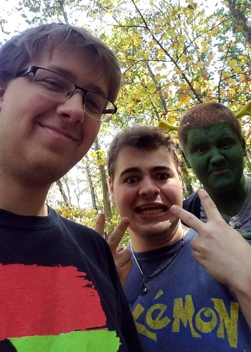 Nathaniel Bandy and his friends in a selfie that was taken in October 2017