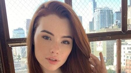 Sabrina Lynn Height, Weight, Age, Body Statistics
