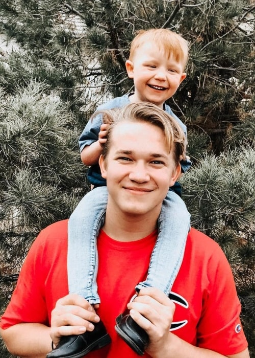 Trey Nelson as seen in a picture with his younger brother Beckham Nelson in December 2018