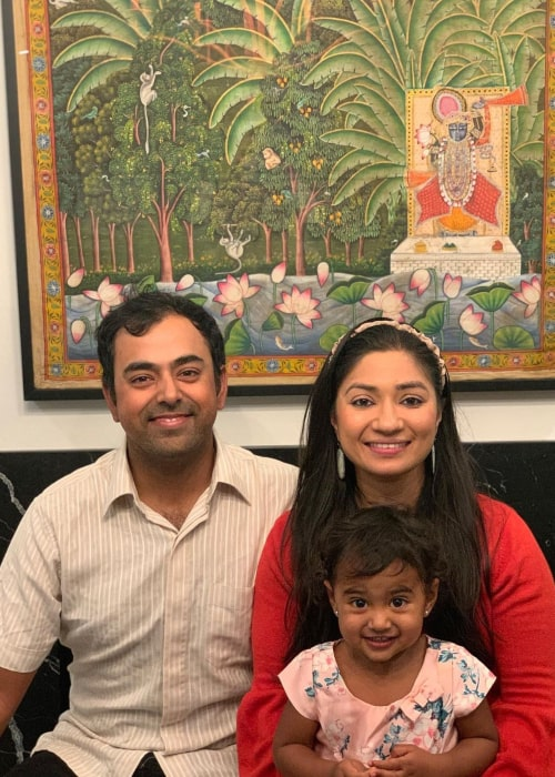 Anirban Lahiri with his wife and daughter, as seen in December 2020