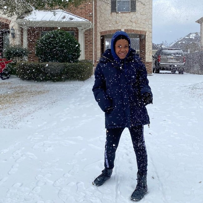 Camryn Jones pictured while enjoying the snow in Texas, United States in February 2021