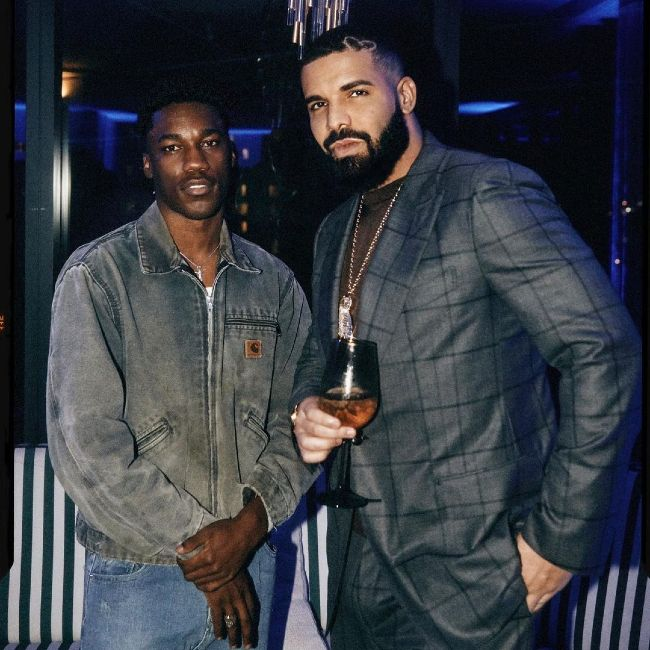 Giveon as seen posing with Drake in October 2020