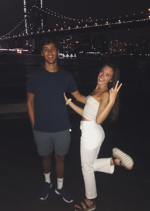 Jacob Hoexum as seen in a picture that was taken with YouTuber and singer Hannah Meloche in August 2018